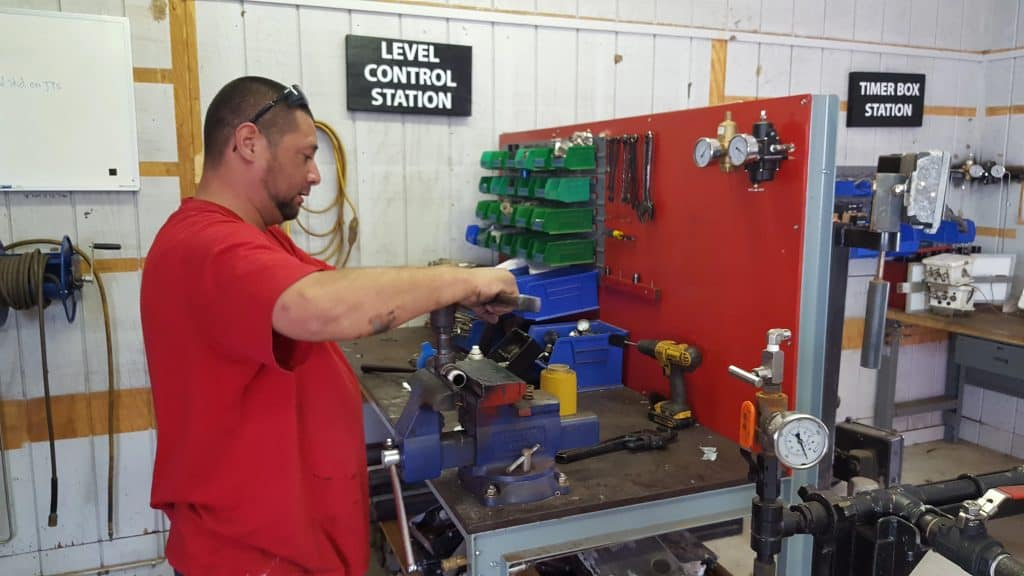 rebuilding oil and gas parts